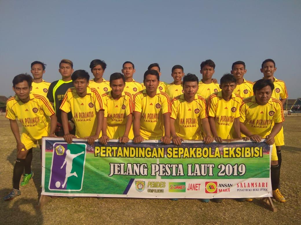 Pertandingan Sepak Bola Exsibisi Jelang Pesta Laut Desa Gempolsewu : PS BAHARI  VS PS M U PEGANDON  3 - 1. Poin PS BAHARI TAWANG